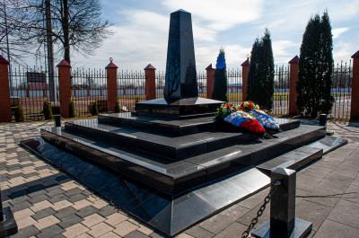 Серебряные пруды, мемориал жертвам ВОВ