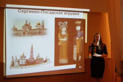 В Музее проводятся экскурсии по постоянным экспозициям