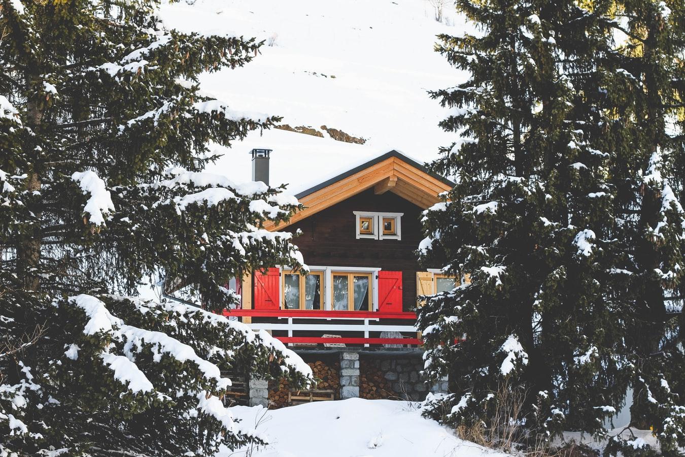 Загородный зимний дом