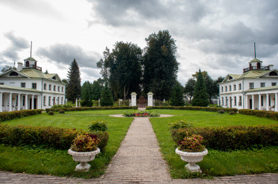 Блог-тур: усадьба Середниково, киногород Piligrim Porto, усадьба Шахматово