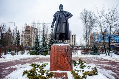 Одинцово. Центральный городской парк, Памятник Боярину Одинцу
