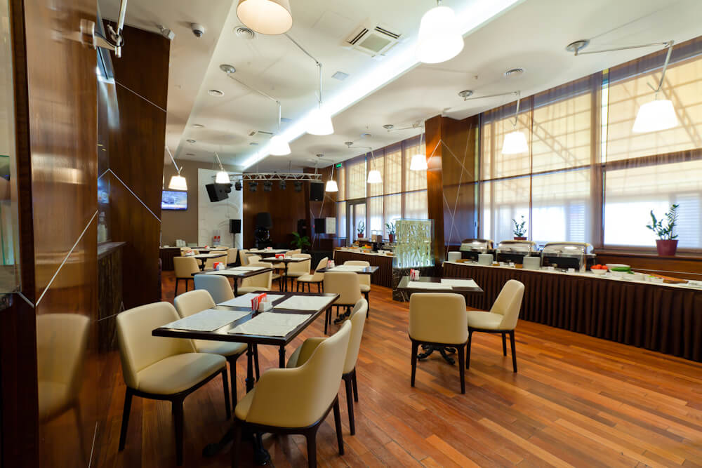 Отель «East Gate». Ресторан Vitello