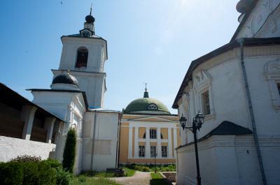 Белопесоцкий монастырь