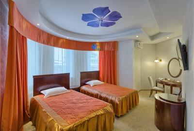 Отель «Лачи»