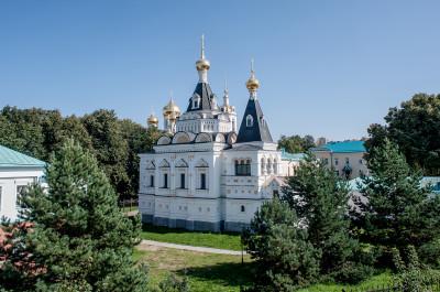 Успенский Кафедральный собор в Дмитровском кремле