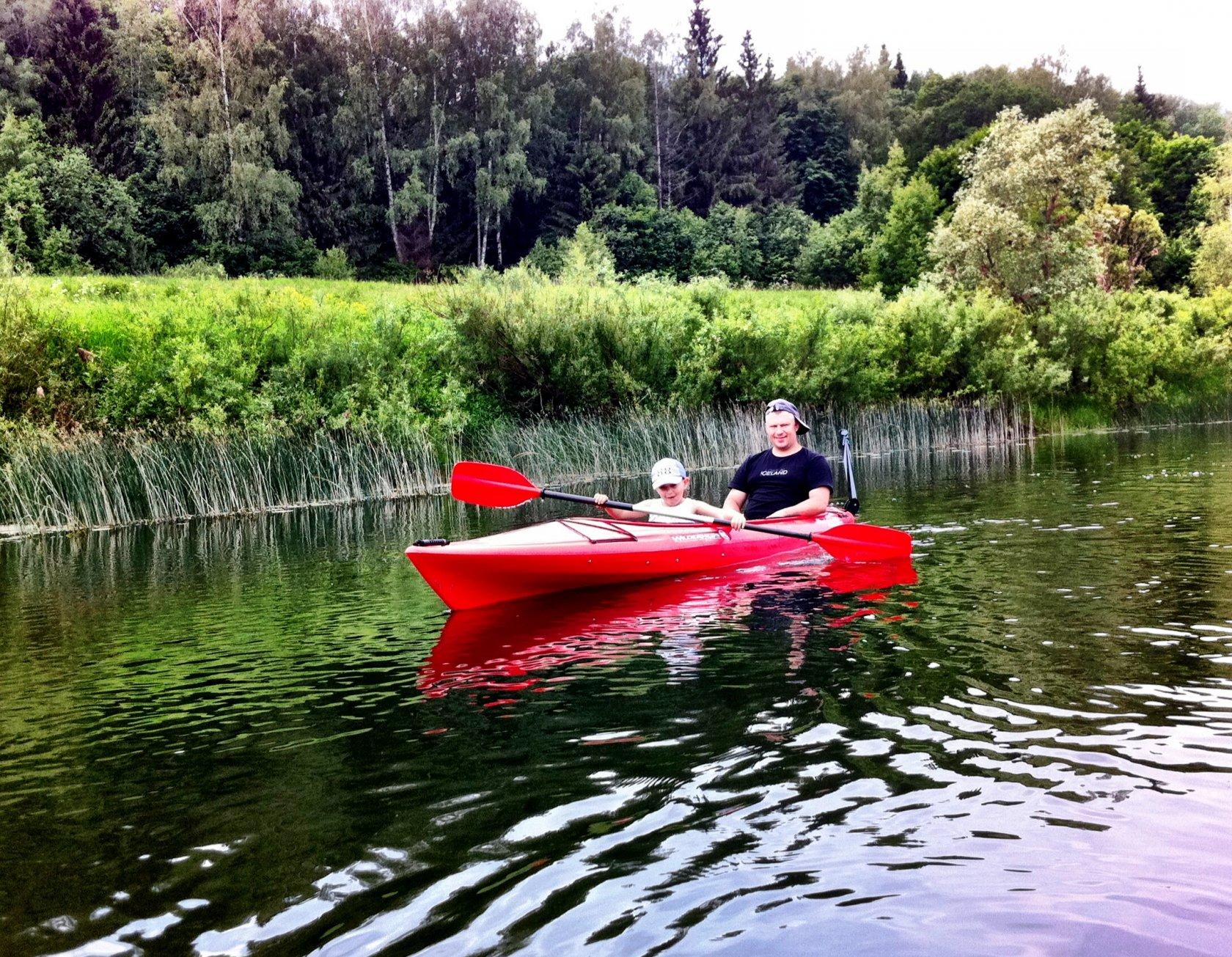Сплав на каяках по Москве-реке