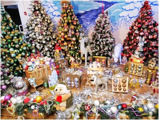 Фабрика елочных игрушек «Иней»