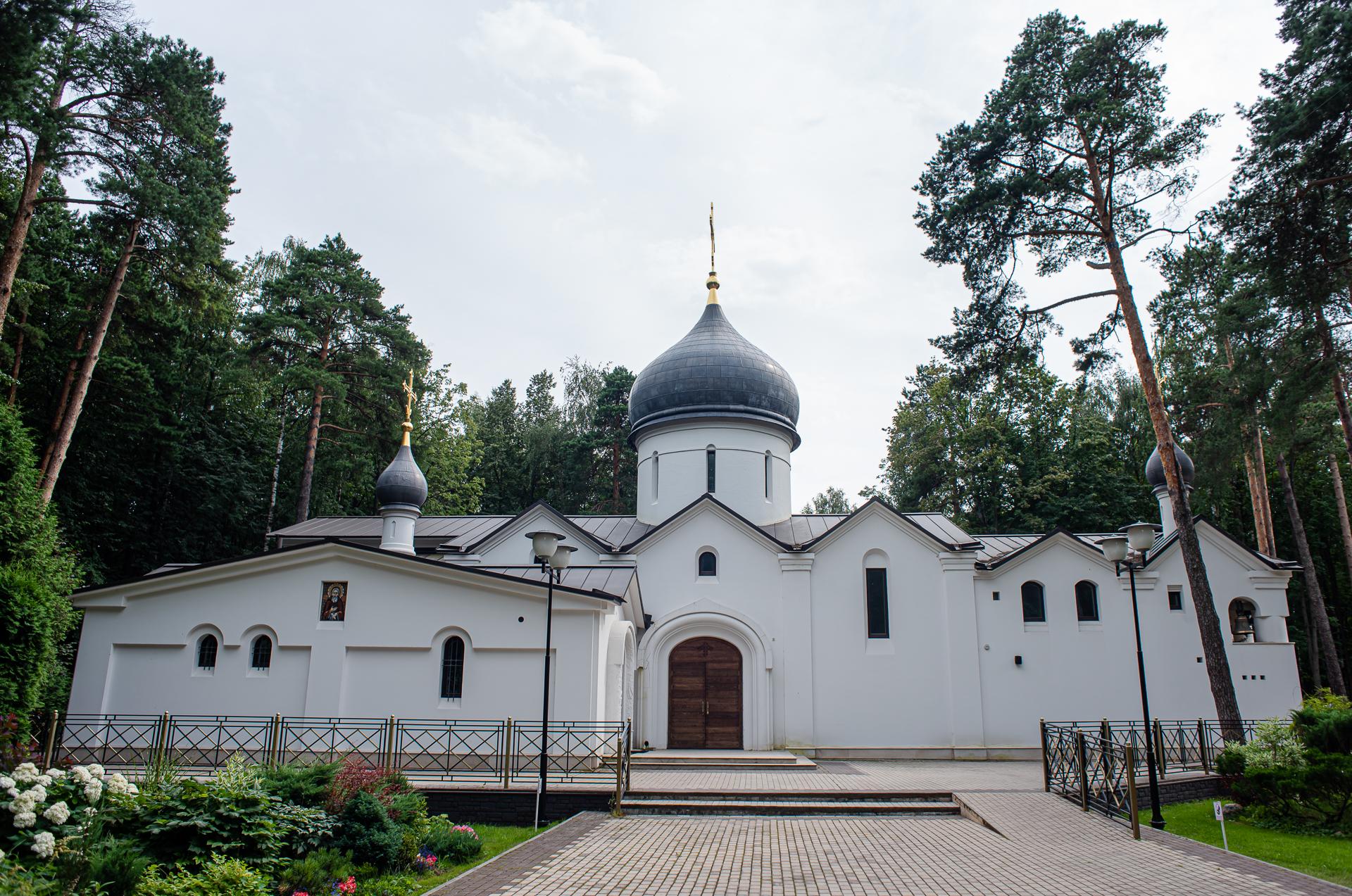 Королёв, Храм Владимира Священномученика
