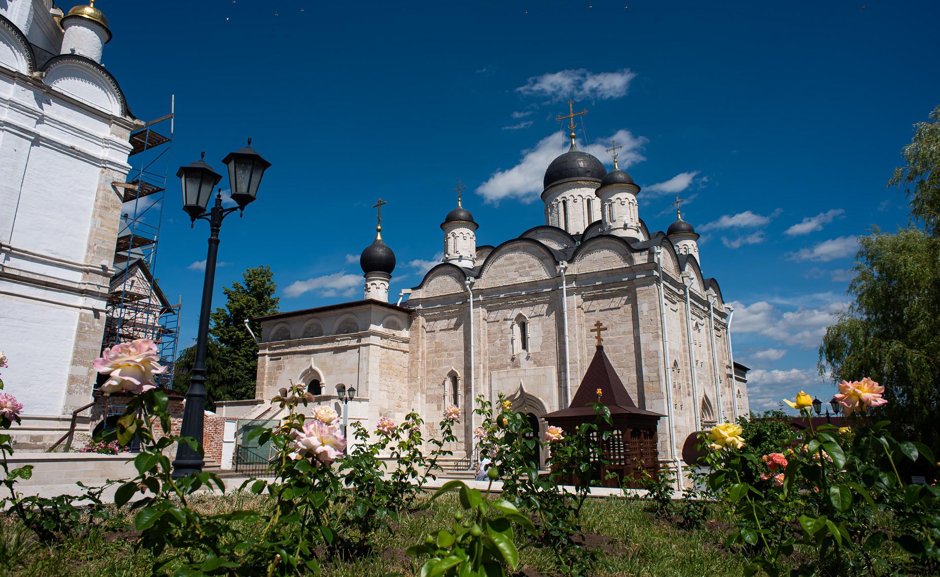 Серпухов, Введенский Владычный монастырь