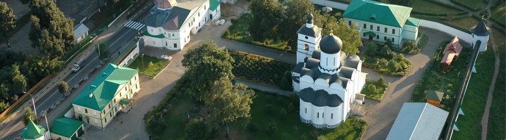 Собор Бориса и Глеба на территории Борисоглебского монастыря в Дмитрове