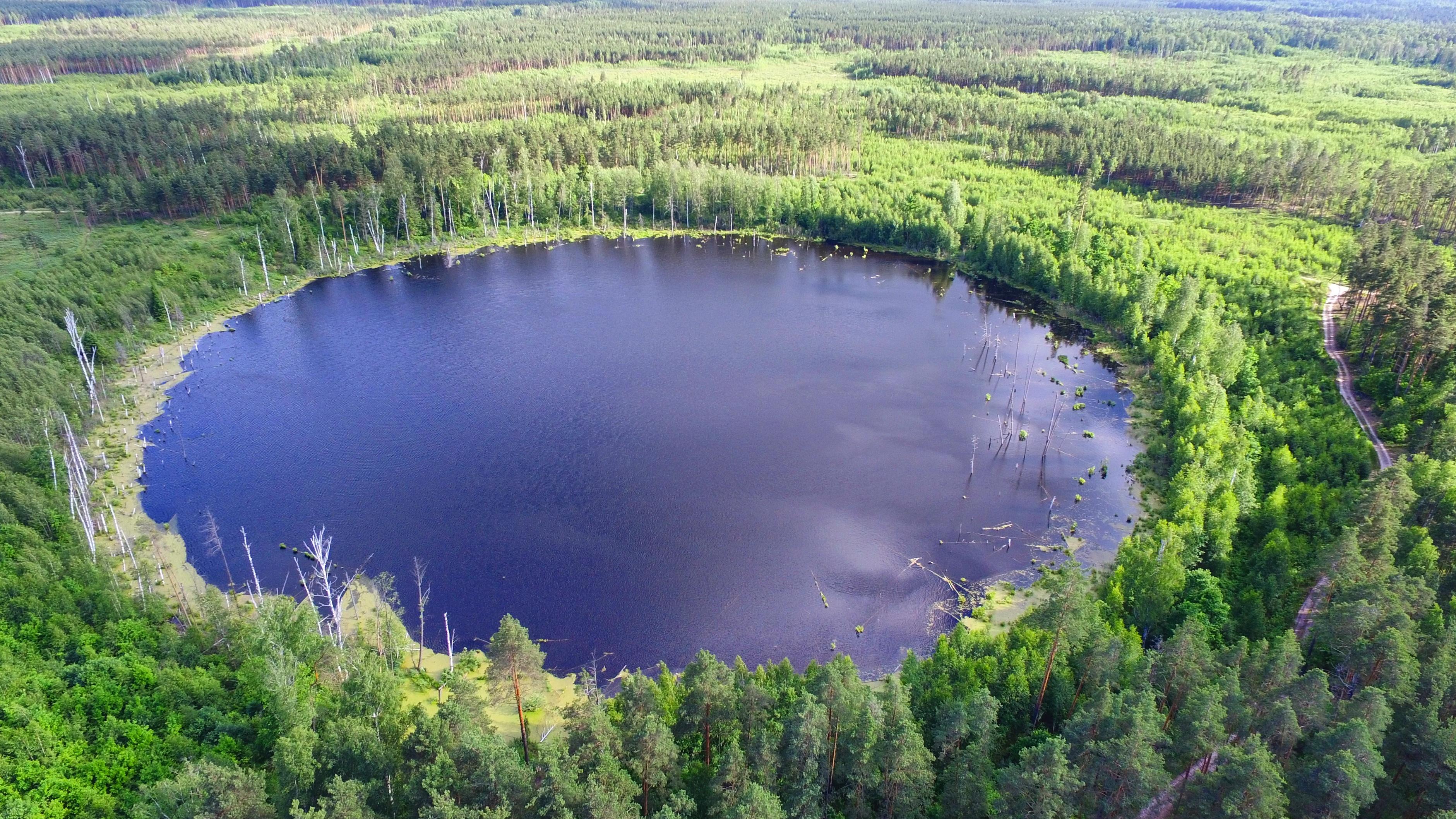 Смердячье озеро