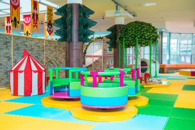 Детский клуб «Дракоша» в загородном клубе «Айвенго»