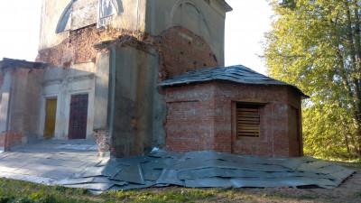 Воскресенская церковь в Мерзлове