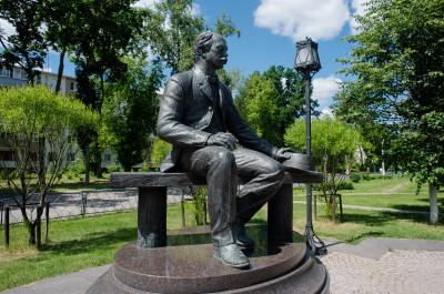 Ивантеевка, памятник Лыжину Владимиру Александровичу