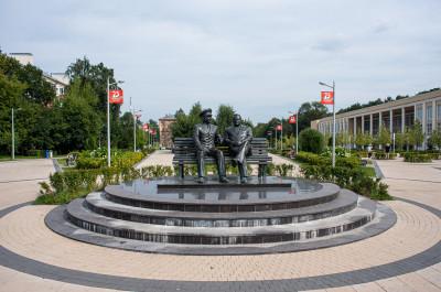 Королёв, Памятник С.П. Королёву и Ю.А. Гагарину
