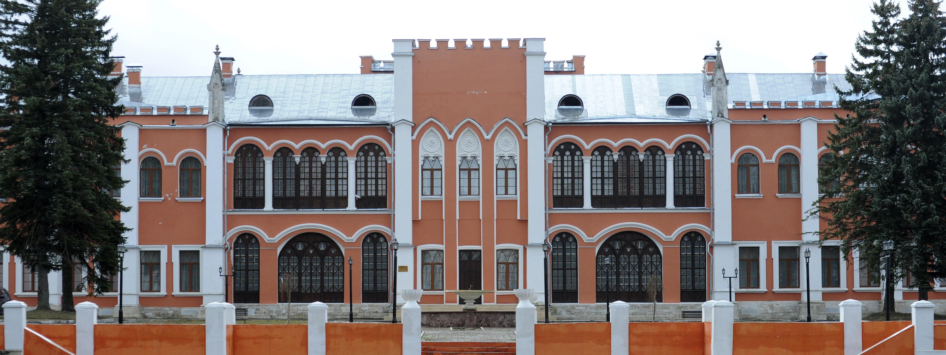 Главный усадебный дворец в усадьбе Марфино