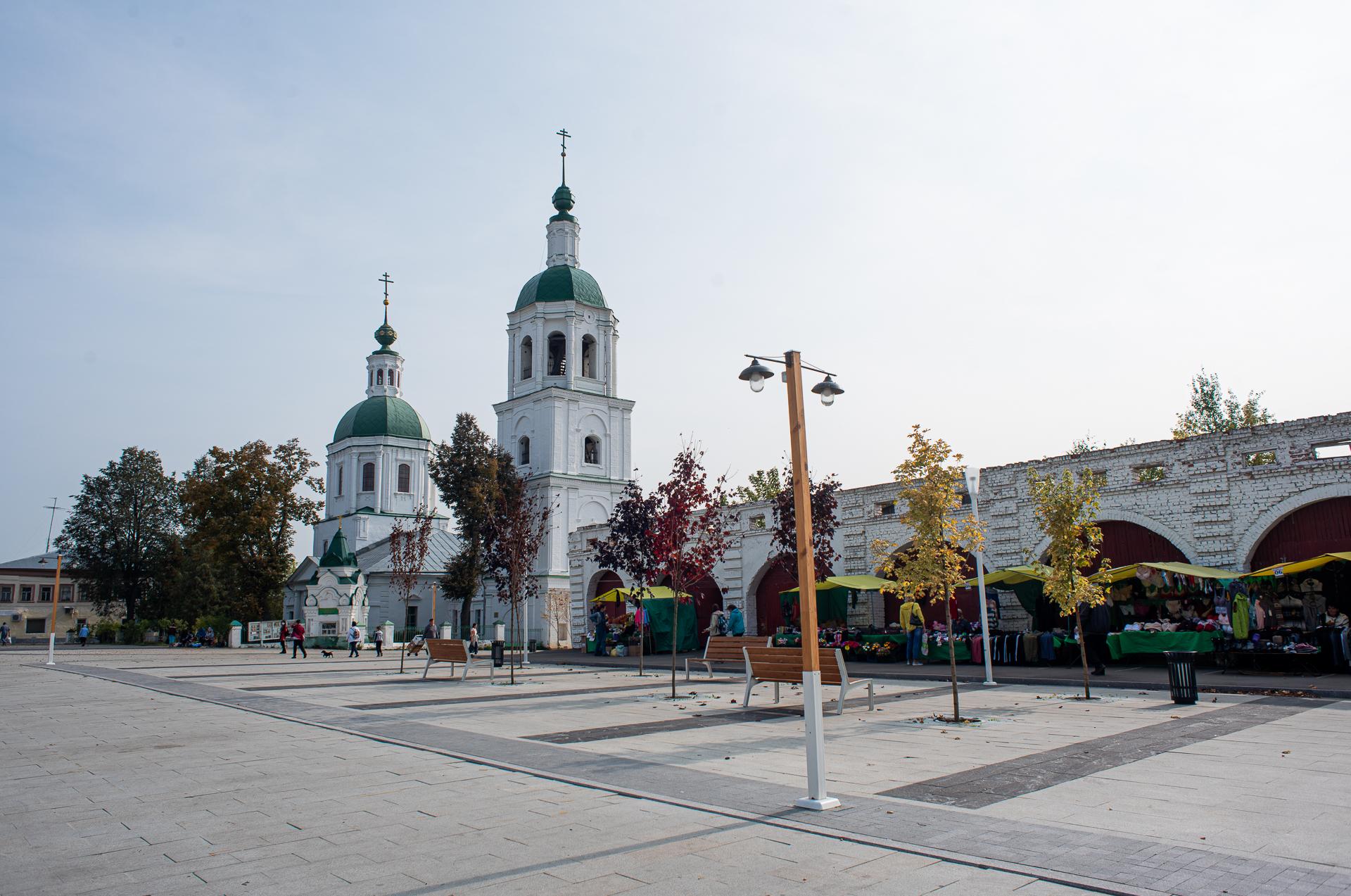 Зарайск, площадь Революции, Церковь Троицы Живоначальной (Троицкая церковь)