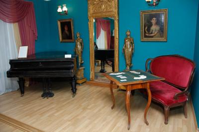 Экспозиция Музейно-выставочного центра «Путевой дворец»