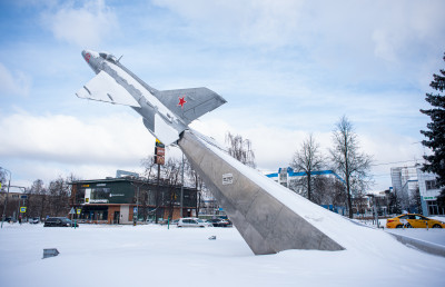 Жуковский, памятник МиГ-21