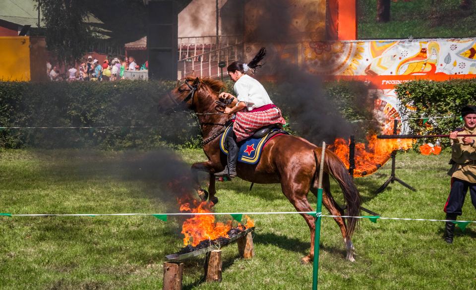 Конный клуб Fire Horses
