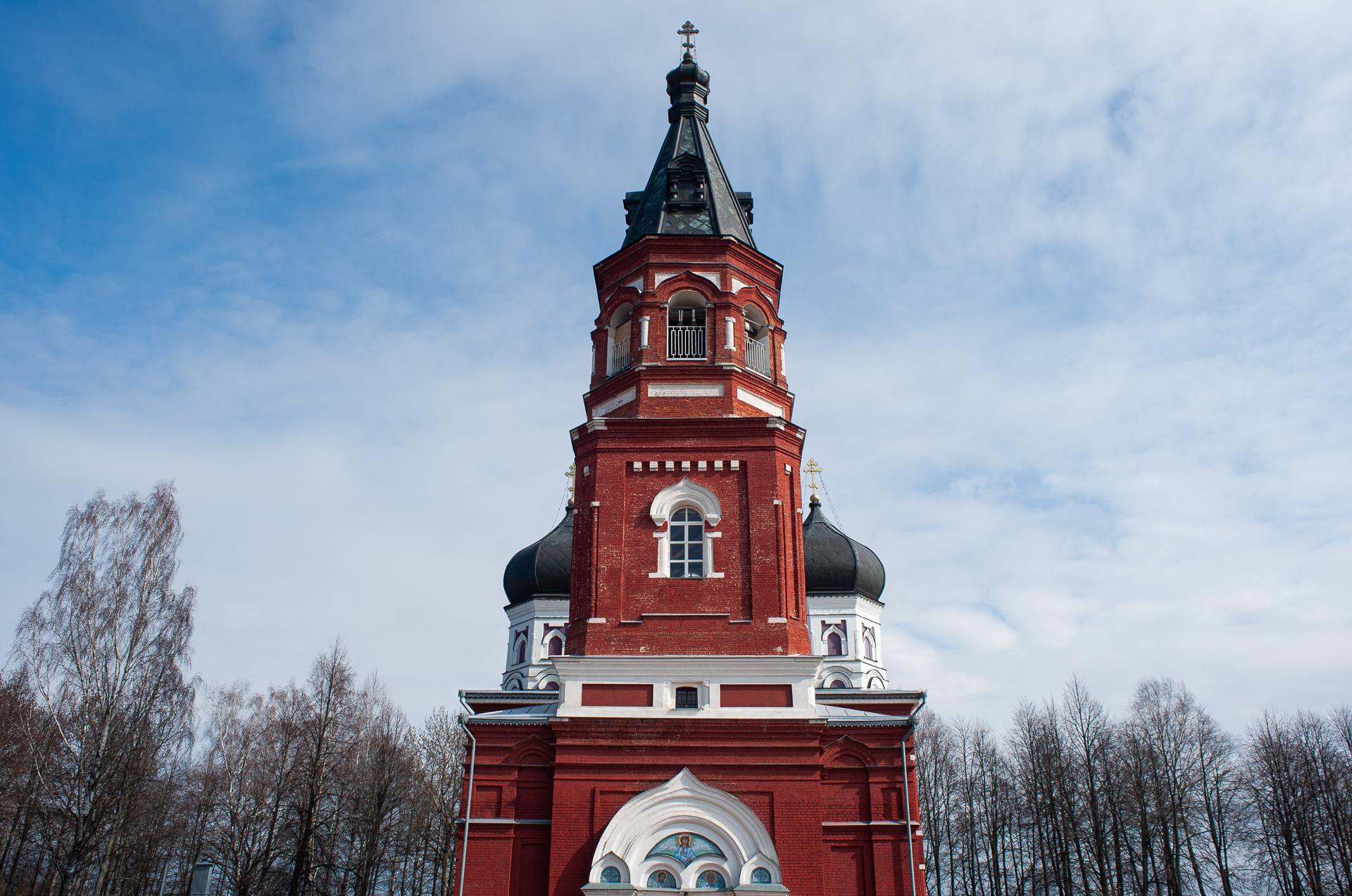 Александровский женский монастырь в деревне Маклаково