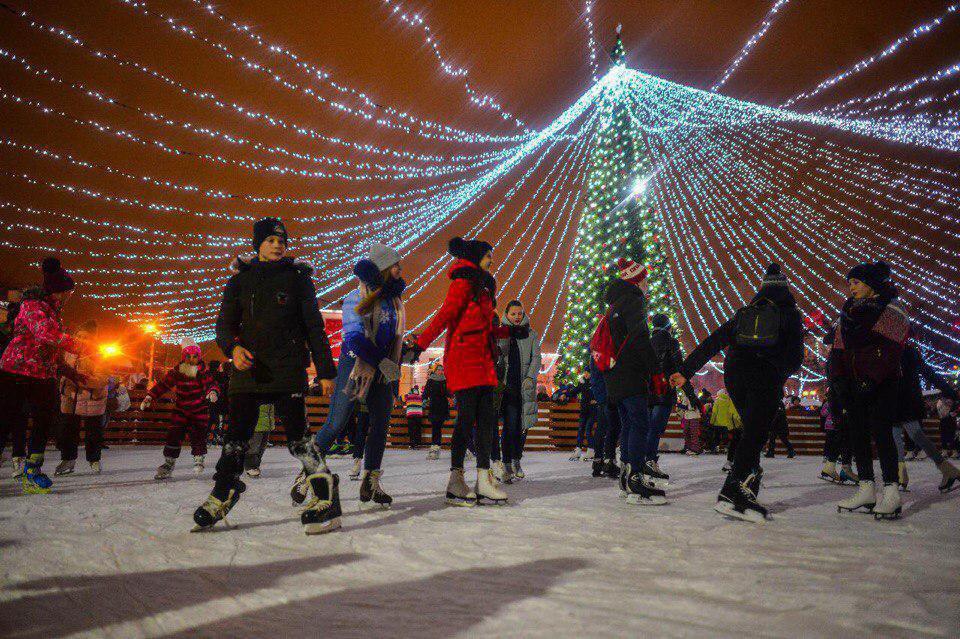 Каток на центральной площади Солнечногорска