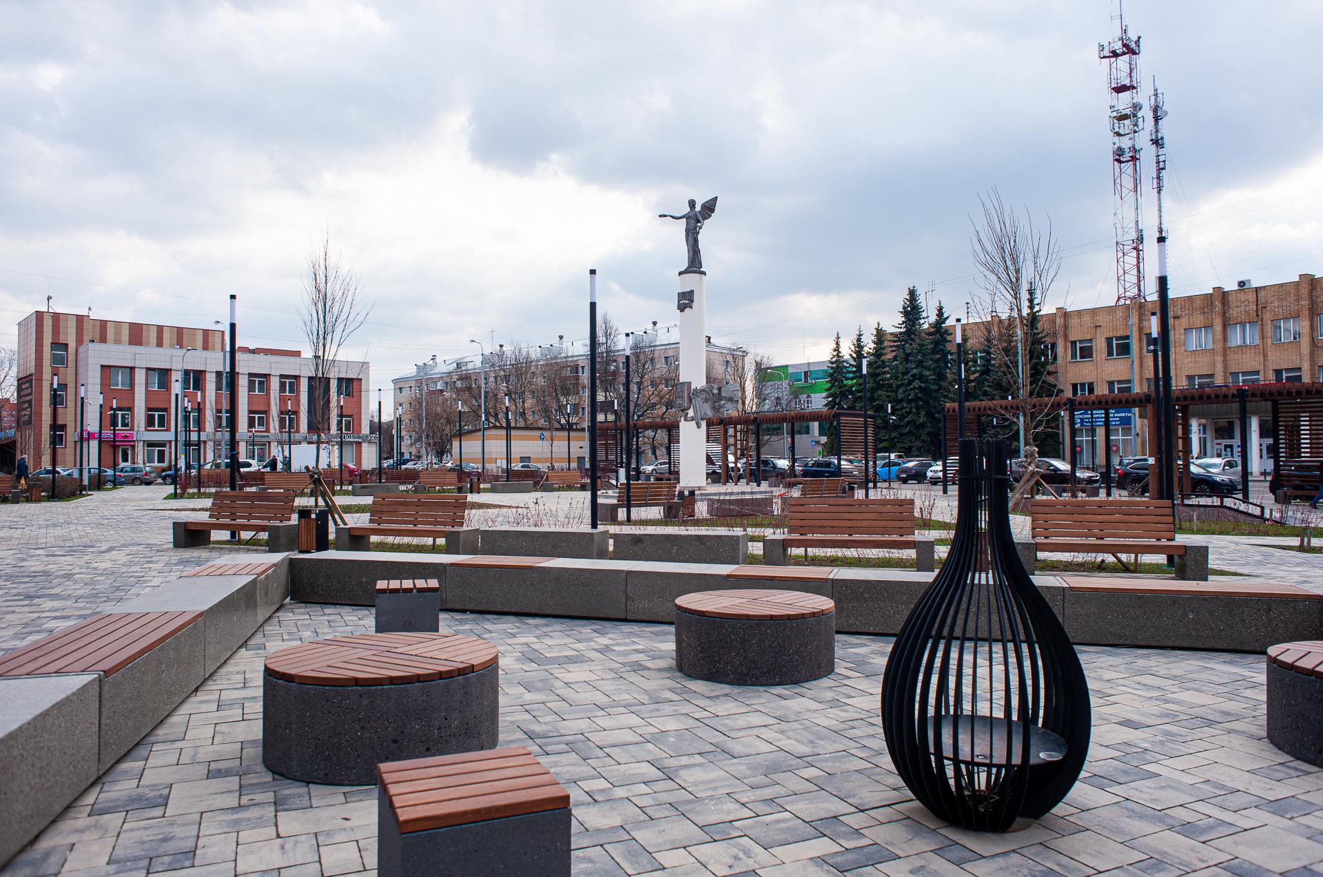 Домодедово, Стела в честь 50-летия города Домодедово