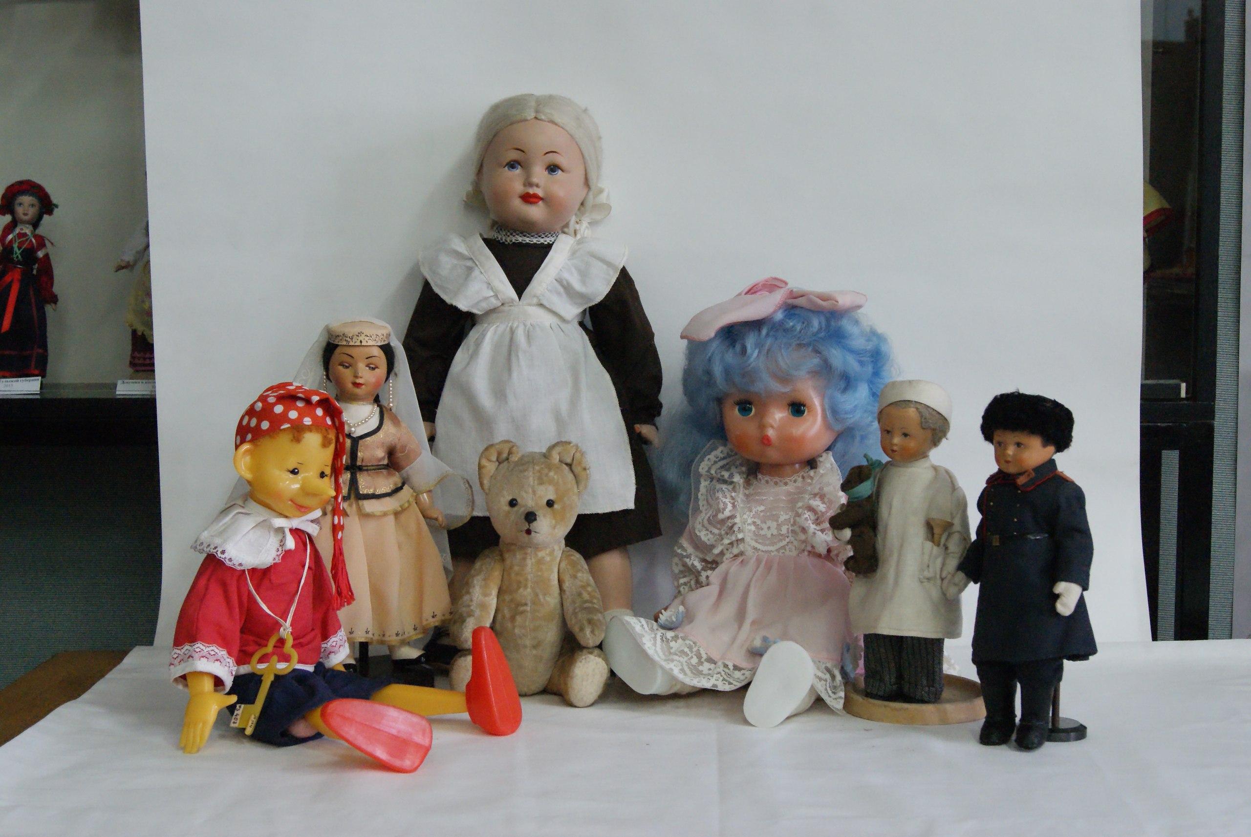 Экспонаты Музея игрушки Сергиевом Посаде