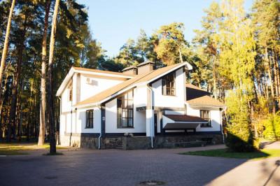 Парк-отель «Дракино» в летний период
