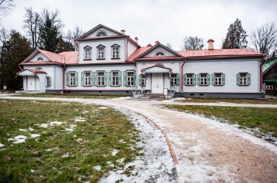 Государственный историко-художественный и литературный музей заповедник Абрамцево