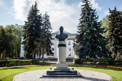 Памятник Докторову Николаю Ивановичу в Воскресенске