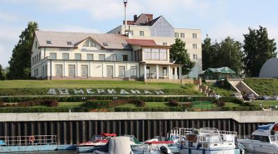 Яхт-клуб «40-й меридиан»